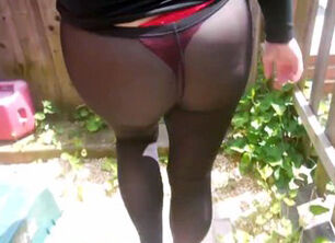Squirt through leggings