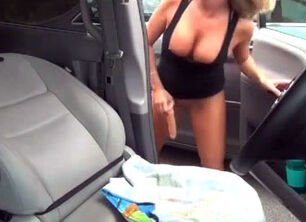Milfs with dildos